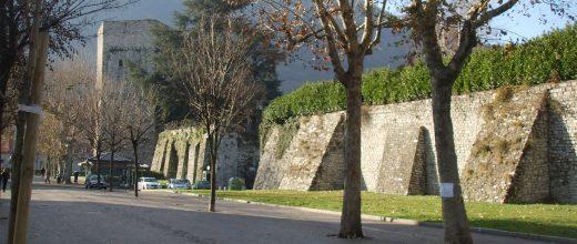 C.S. M5s Como – Parcheggi sotto le mura